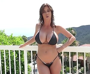 Stepmom Alexis Fawx Uses Stepson To Fulfill Her Sexual Needs